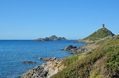 Côte corse avec les îles ensanglantées célèbres Photo libre de droits