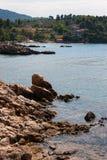 Côte d'île d'Evia Photographie stock