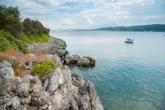 Côte d'île d'Evia Images stock