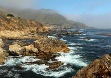 Côte de Big Sur, près de Monterey, la Californie, Etats-Unis Image libre de droits