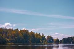 Côte de lac autumn Image stock