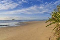 Côte de soleil de plage de Mudjimba Photo libre de droits
