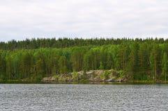 Côte du lac Onega La Carélie Photos libres de droits