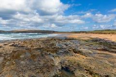 Côte du nord cornouaillaise BRITANNIQUE de Constantine Bay Cornwall England entre Newquay et Padstow Images libres de droits