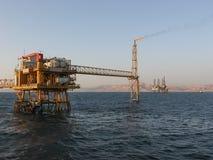 Côte en mer de Sinai de plate-forme de production de pétrole photo libre de droits