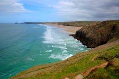 Côte et plage les Cornouailles du nord Angleterre R-U HDR de Perranporth images stock