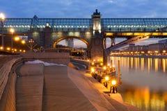 Côte lumineuse de rivière Photographie stock libre de droits