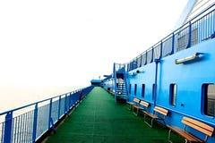 Côte Luminosa de bateau de croisière Image libre de droits