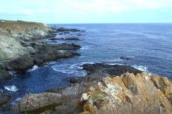 Côte rocailleuse de la Mer Noire, Rezovo photo stock