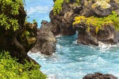 Côte rocailleuse de Maui Photographie stock libre de droits