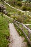 Côte sud blanche de falaises de la Grande-Bretagne, Douvres, endroit célèbre pour les découvertes archéologiques et la destinatio Image stock