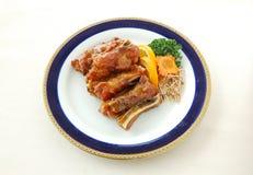 Côtelette de porc frite avec la sauce aigre-doux images stock