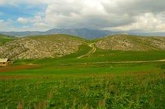 Côtes et montagnes Photographie stock libre de droits