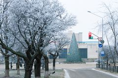 33c ural χειμώνας θερμοκρασίας της Ρωσίας τοπίων Ιανουαρίου Χειμερινό τοπίο στην αλέα του πάρκου πόλεων Στοκ εικόνα με δικαίωμα ελεύθερης χρήσης