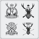 Caça dos cervos Grupo de etiquetas da caça do vintage, de crachás e de elementos do projeto Fotos de Stock Royalty Free