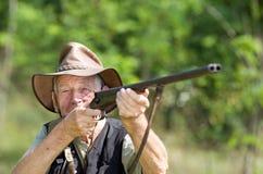 Caçador com espingarda Fotografia de Stock Royalty Free