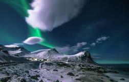 Caçando Aurora Borealis fotografia de stock royalty free