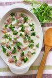 Caçarola do peito de frango e da couve-flor pronta para cozinhar Fotografia de Stock Royalty Free