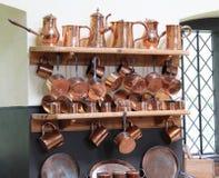 Caçarolas de cobre. imagem de stock royalty free