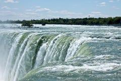 Caída de herradura en Niagara Falls, Canadá Imagen de archivo