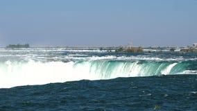 Caída de herradura, Niagara Falls, Ontario, Canadá almacen de metraje de vídeo