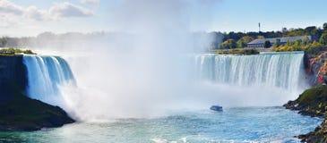 Caída de herradura, Niagara Falls, Ontario, Canadá Imagen de archivo libre de regalías
