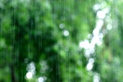 Caída de la lluvia Fotografía de archivo libre de regalías