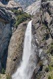 Caída de Yosemite en el valle de Yosemite, parque nacional foto de archivo libre de regalías
