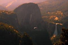 Caída-Deslizamiento sobre el valle Imagen de archivo libre de regalías