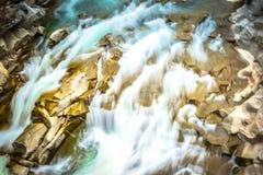 Caída hermosa del agua imagen de archivo libre de regalías
