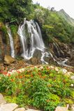 Caída hermosa del agua de Tien Sa en SAPA, Vietnam Imagen de archivo libre de regalías