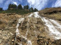 Caída Nepal del agua imagenes de archivo