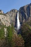 Caída superior de Yosemite en el parque nacional de Yosemite fotos de archivo