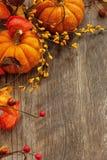Caída y fondo de Halloween imagenes de archivo