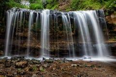 Caídas de la cascada Imagenes de archivo