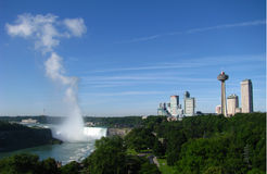 Caídas de la herradura y horizonte de Niagara Falls Fotografía de archivo libre de regalías