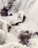 Caídas del agua del invierno, caídas de Yantic, Norwich CT imagen de archivo libre de regalías