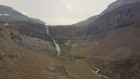 Caídas del glaciar del arco, parque nacional de Banff, Alberta, Canadá almacen de video