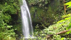 Caídas en el parque de Amber Mountains, Madagascar