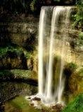 Caídas majestuosas de Tews en Ontario, Canadá fotografía de archivo libre de regalías