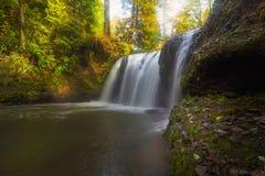 Caídas ocultadas en Rock Creek Oregon Fotografía de archivo