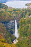Caídas y lago en otoño, Nikko, Japón de Kegon Chuzenji fotos de archivo libres de regalías