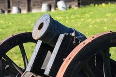Cañón antiguo en el fuerte Ross Imagen de archivo libre de regalías