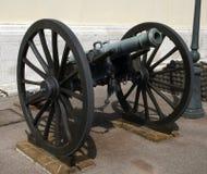Cañón de la artillería Imágenes de archivo libres de regalías