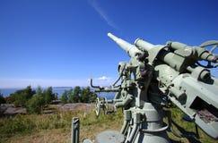 Cañón viejo de la defensa aérea Imagen de archivo libre de regalías