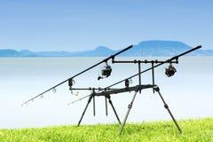 Cañas de pescar en el lago Balatón Imagen de archivo libre de regalías