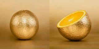 Cała i rozpieczętowana pomarańcze z złotą łupą na złocistym tle Obraz Stock