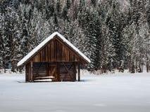 Cabaña alpina Fotografía de archivo libre de regalías