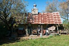 Cabaña de la cabina de la montaña del Hillbilly Imagenes de archivo