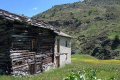 Cabaña de la montaña Fotos de archivo libres de regalías